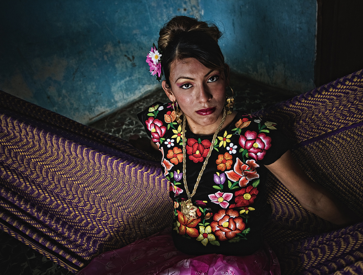 "Mexico's ""Third Gender"" Muxes"